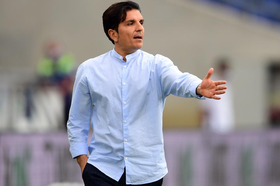 Hannover-Trainer Kenan Kocak hat kein Verständnis für die Corona-Entgleisungen seiner Spieler.