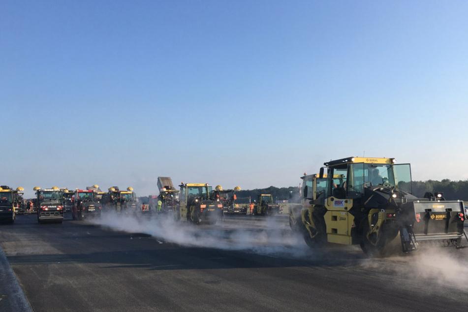 Die Bauarbeiten auf der Landebahn am Flughafen Köln/Bonn sind vorerst abgeschlossen.