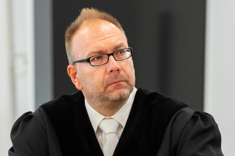Staatsanwalt Stephan Butzkies hat Revision beim Bundesgerichtshof eingelegt und fordert eine Verurteilung wegen Doppelmordes.