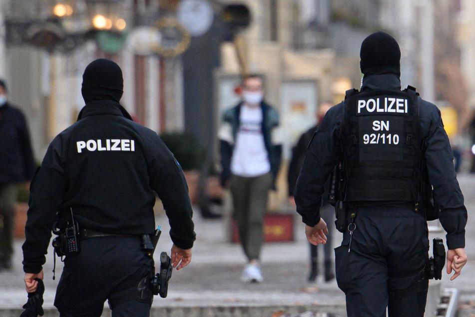 Dresden: Tausende Verstöße in Sachsen: Corona beschäftigt Polizei und Justiz