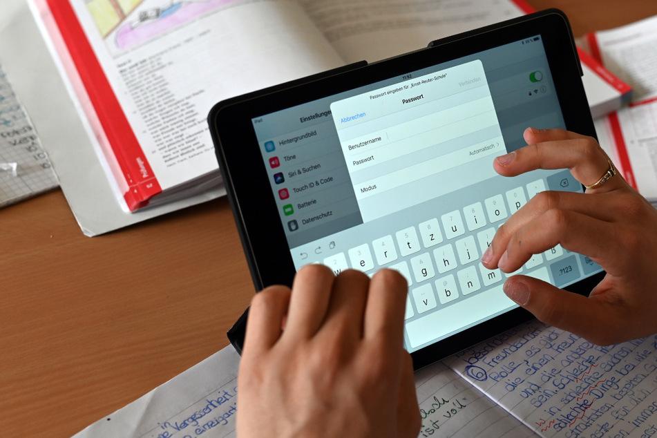 Tablets und WLAN an der Schule: Verbände machen Druck bei der Digitalisierung