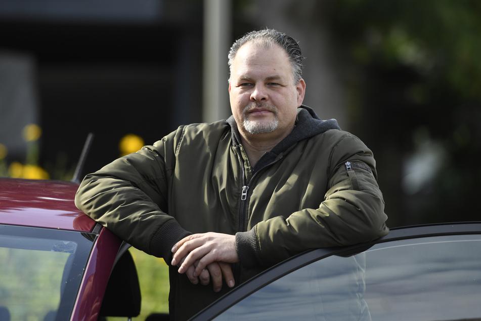 Der Held von der A1: Mutiger Autofahrer stoppt rollenden Lastwagen