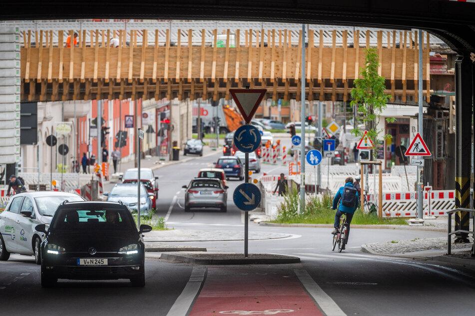 Eine sichere Verkehrsführung soll auf der Route B die Radfahrer sicher von der Reichenhainer Straße bis ins Zentrum leiten.