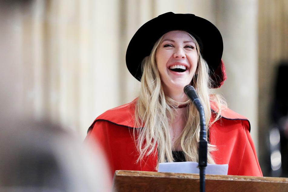 Jedes Mal, wenn Sängerin Ellie Goulding DAS auf Instagram postet, verliert sie Tausende Abonnenten!