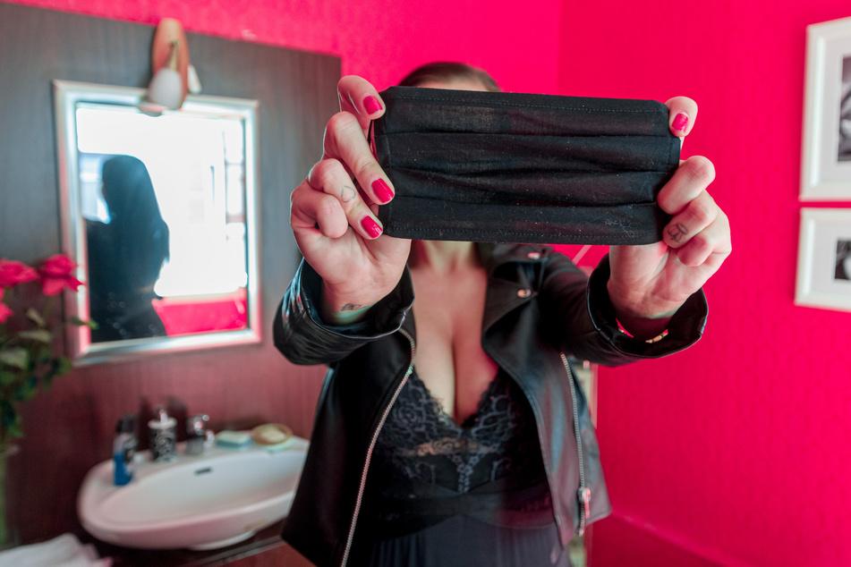 Maske, Lüften und Umziehen: Die neuen Corona-Sex-Regeln für Bordelle in NRW