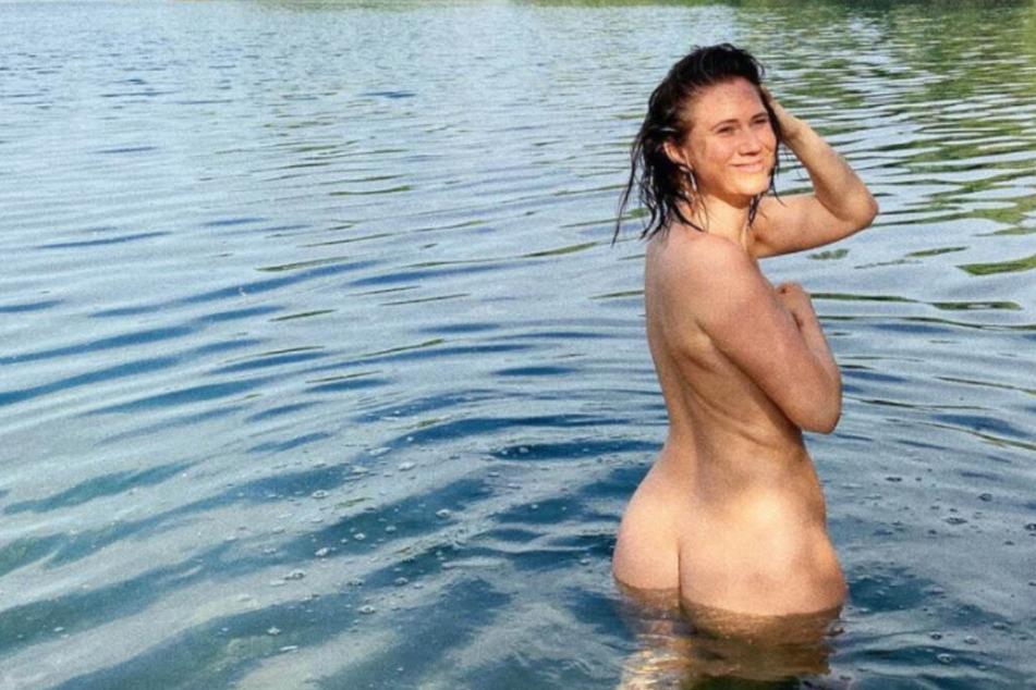 Influencerin plantscht nackt im See und macht Hatern eine klare Ansage!
