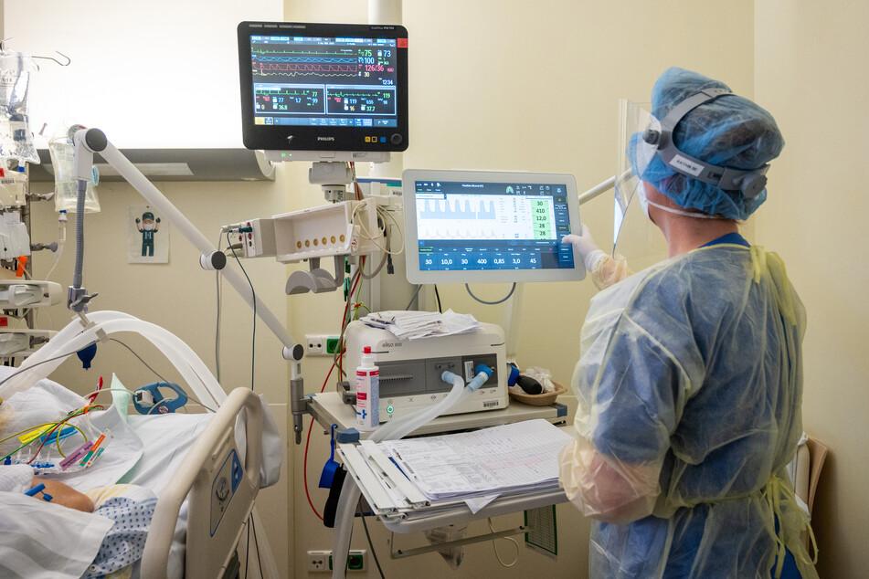 Insgesamt befinden sich aktuell 220 Covid-19-Patienten landesweit im Krankenhaus - 72 von ihnen mit Beatmung.