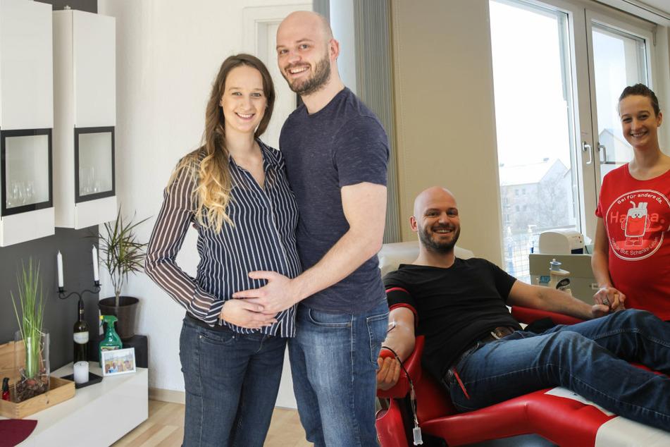 Dresden: An der Nadel hat's gefunkt: Jan verliebt sich beim Blut spenden in Mitarbeiterin Cindy