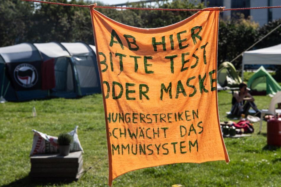 Im Regierungsviertel haben die Hungerstreikenden ihr Camp aufgeschlagen. Sie fordern unter anderem eine radikale Klimawende.