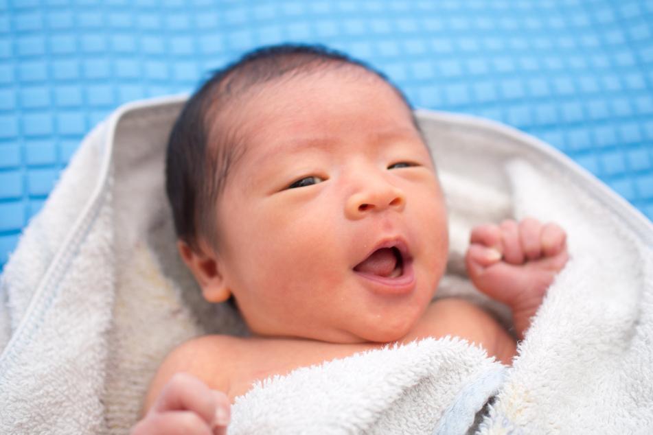 Glhynnyl Hylhyr Yzzyghyl lautet der Vorname des Jungen (Symbolbild).