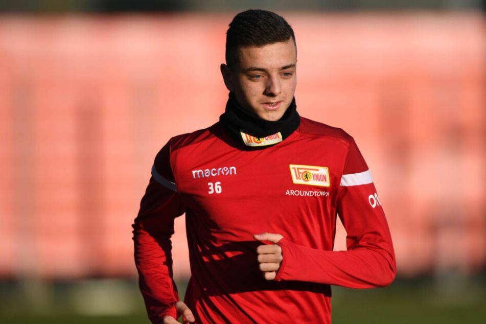 Nachwuchsspieler Fisnik Asllani wechselt offenbar zur TSG Hoffenheim.