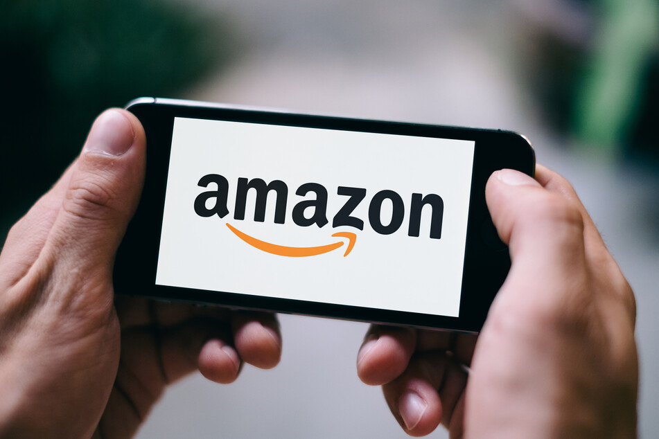 A former Amazon manager says the company will listen if consumers demand greener standards (stock image).