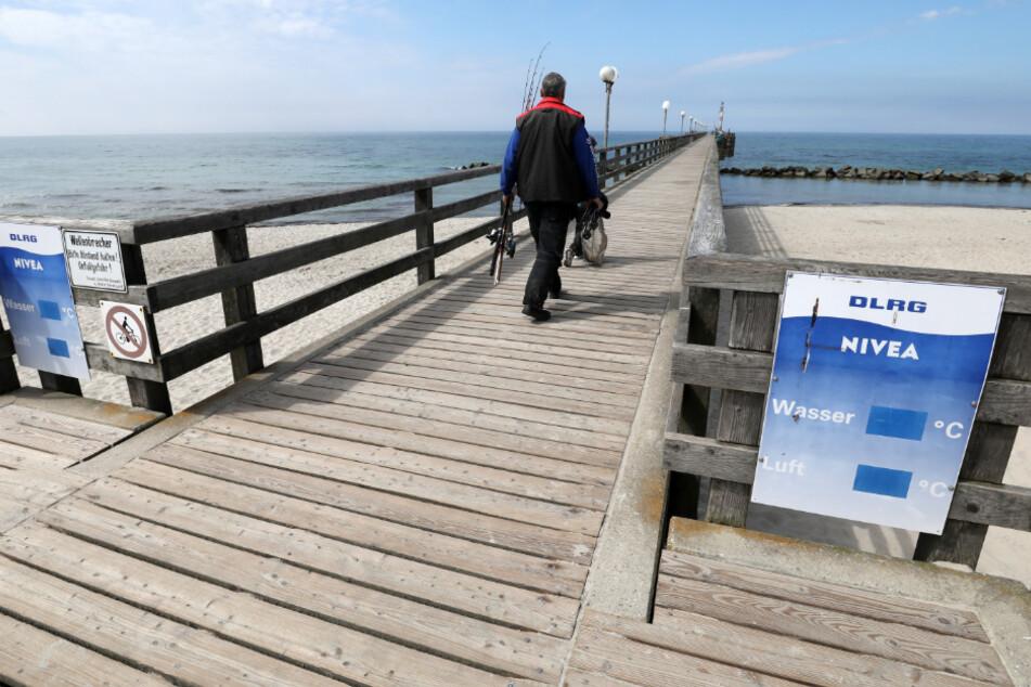 Am Ostsee-Strand dürfen bald wieder Touristen sein.