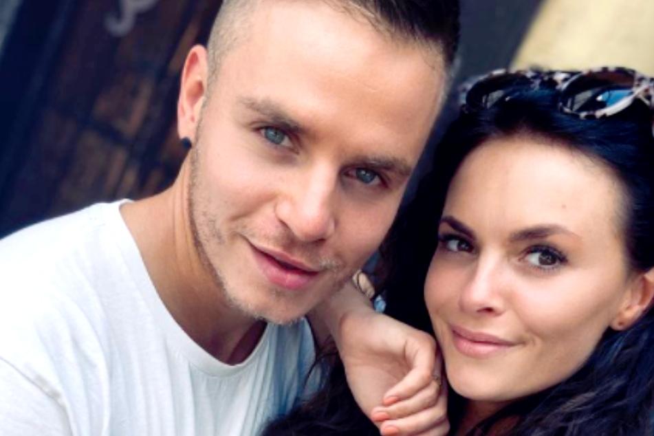 Denisé Kappès und Henning Merten (beide 30) wollen im Juli heiraten.