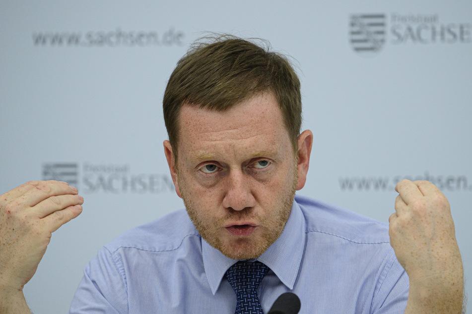 Ministerpräsident Michael Kretschmer ist für eine Lockerung des Beherbergungsverbots.
