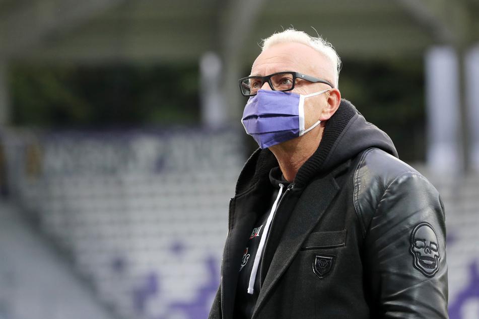 FCE-Geschäftsführer Michael Voigt (48) sagte den Germania-Ringern sofort Hilfe zu.