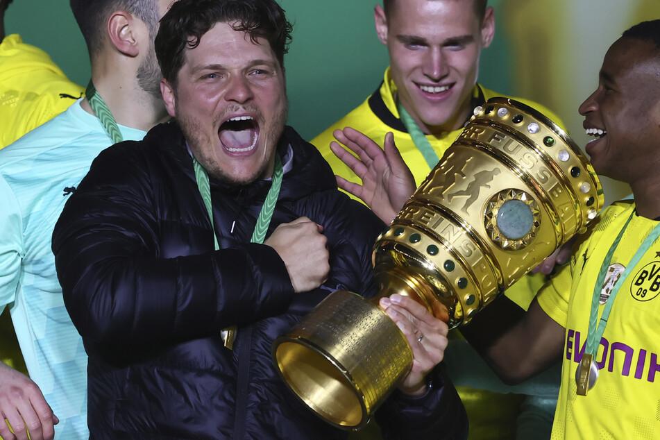 Edin Terzic (38) machte mit der Borussia den ersten DFB-Pokal-Triumph seit 2017 klar.