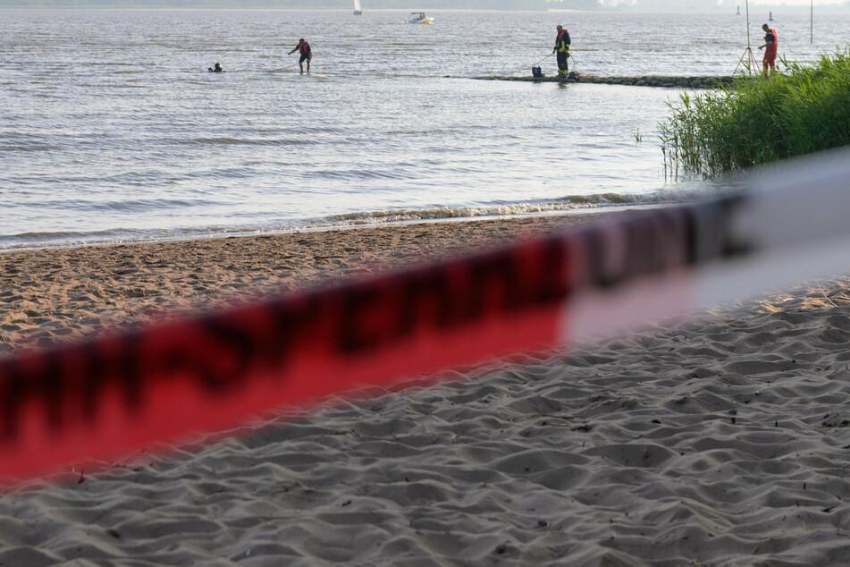 Der Junge wurde leblos im Wasser entdeckt. (Symbolbild).
