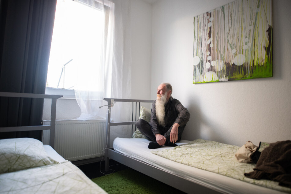 "Volker Mähl bekam durch die Initiative ""Hotels for Homeless"" ein Hotelzimmer."
