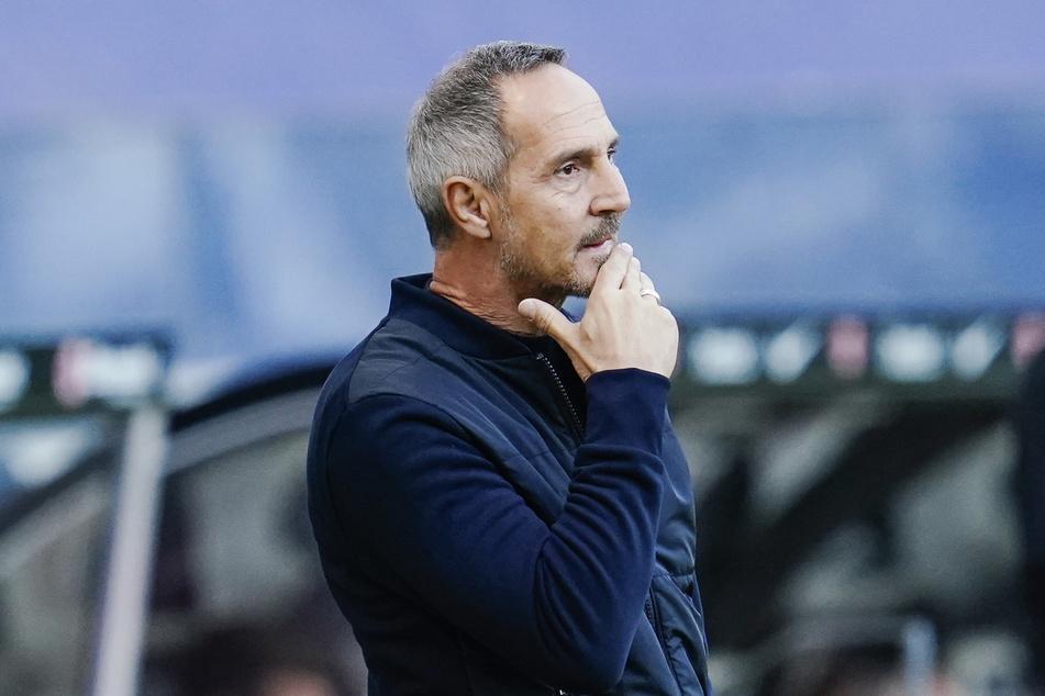 Eintracht Frankfurts Trainer Adi Hütter (50) muss im DFB-Pokal bei Bayer 04 Leverkusen auf Filip Kostic (28) verzichten.