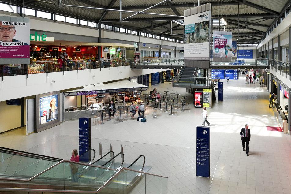 Ab dem 27. März soll der Reiseverkehr am Flughafen Leipzig wieder aufgenommen werden. (Archivbild)