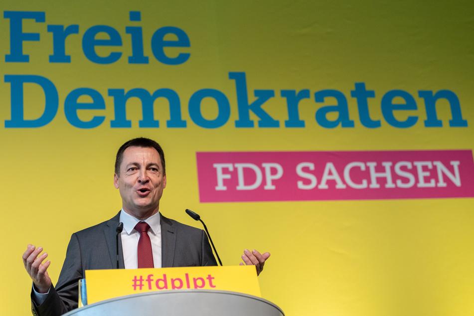Bundestagsabgeordneter und Generalsekretär der FDP Sachsen, kritisiert die schleppende Auszahlung der Novemberhilfe.