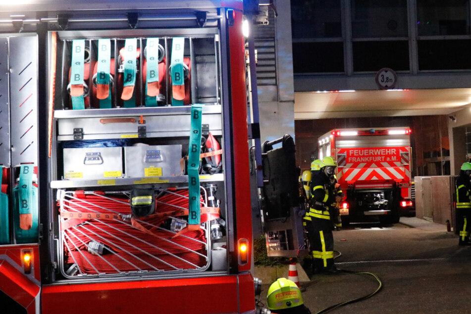 Brandsätze auf Frankfurter Agentur für Arbeit geworfen