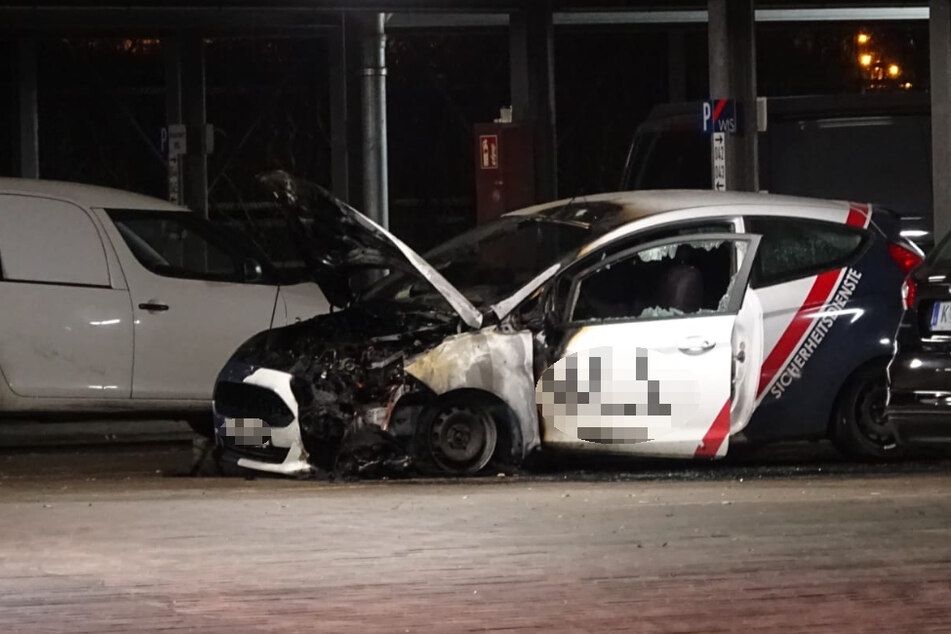 Wiederholungstäter? Auto von Sicherheitsdienst in Leipzig brennt