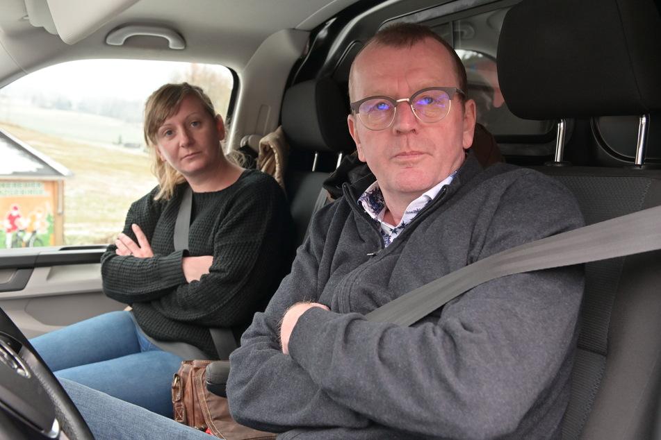 Teurer Abstecher: Josephine Nicklisch (35) und ihr Vater Gunter Walter (58) aus Radebeul müssen jeweils 60 Euro Bußgeld zahlen.