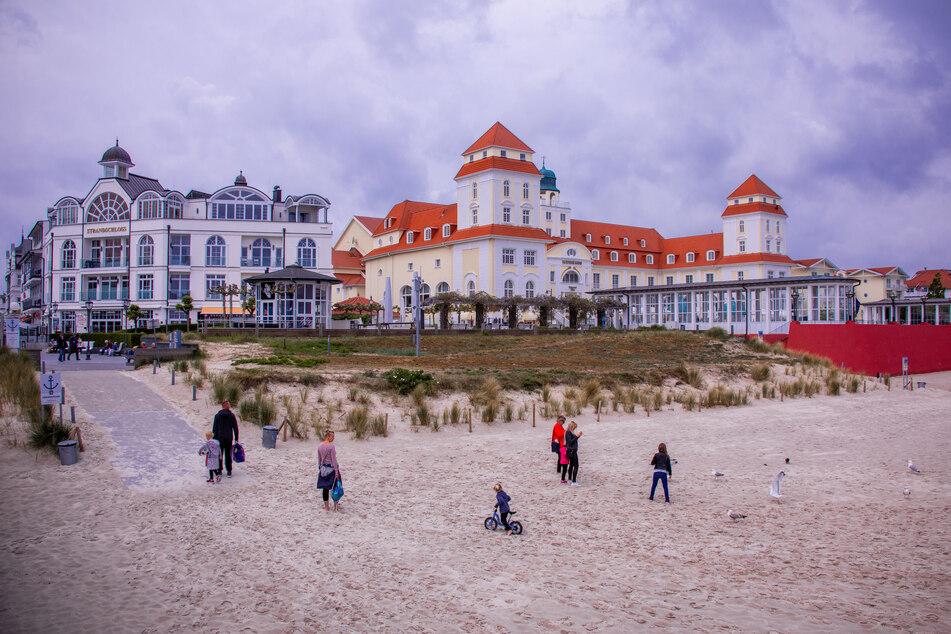 Mecklenburg-Vorpommern öffnet neben Nordrhein-Westfalen, Niedersachsen, Schleswig-Holstein, Hessen und Berlin über die Festtage die Hotels für Familienbesuche.