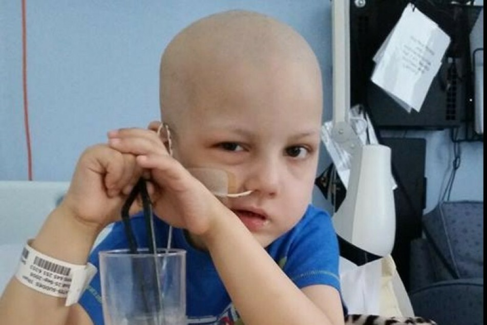 Ilhan im Alter von sechs Jahren. Seine Krankheit ist leider sehr kostenintensiv.