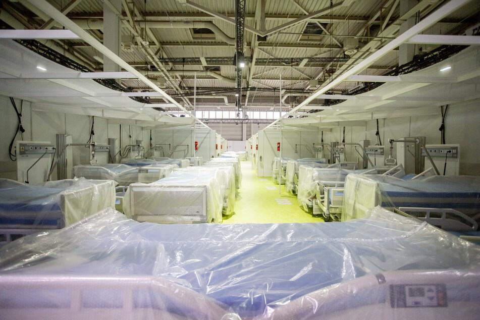 Das Corona-Behandlungszentrum auf dem Berliner Messegelände ist vor allem für die Versorgung leichterer Covid-19-Fälle gedacht.