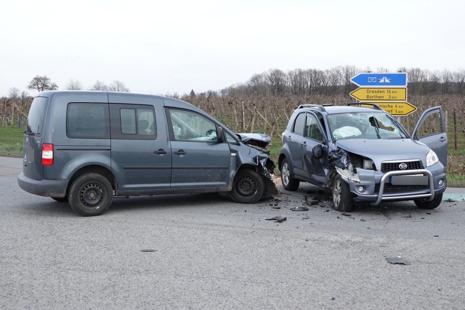 Unfall in Kreischa: VW Caddy und Daihatsu stoßen zusammen