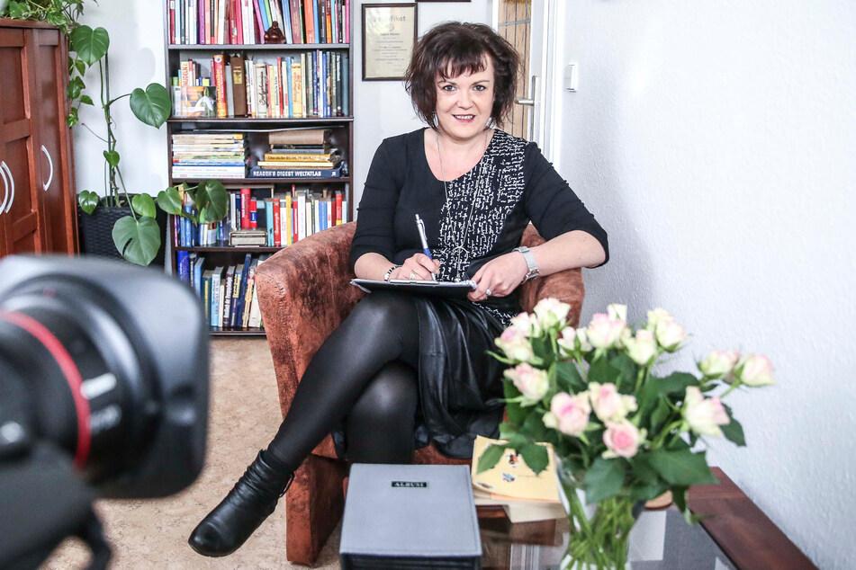 Regine Wacker (50) ist Expertin in Sachen Liebe und Beziehung.