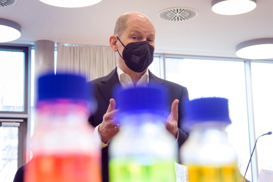 SPD-Kanzlerkandidat und Bundesfinanzminister Olaf Scholz (62) hat vor einer Reisewelle zu Ostern gewarnt.