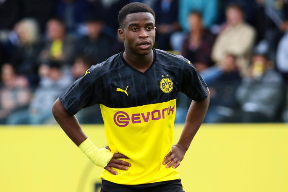 Youssoufa Moukoko (15) wird ab Donnerstag ebenfalls mit den Profis von Borussia Dortmund mittrainieren.