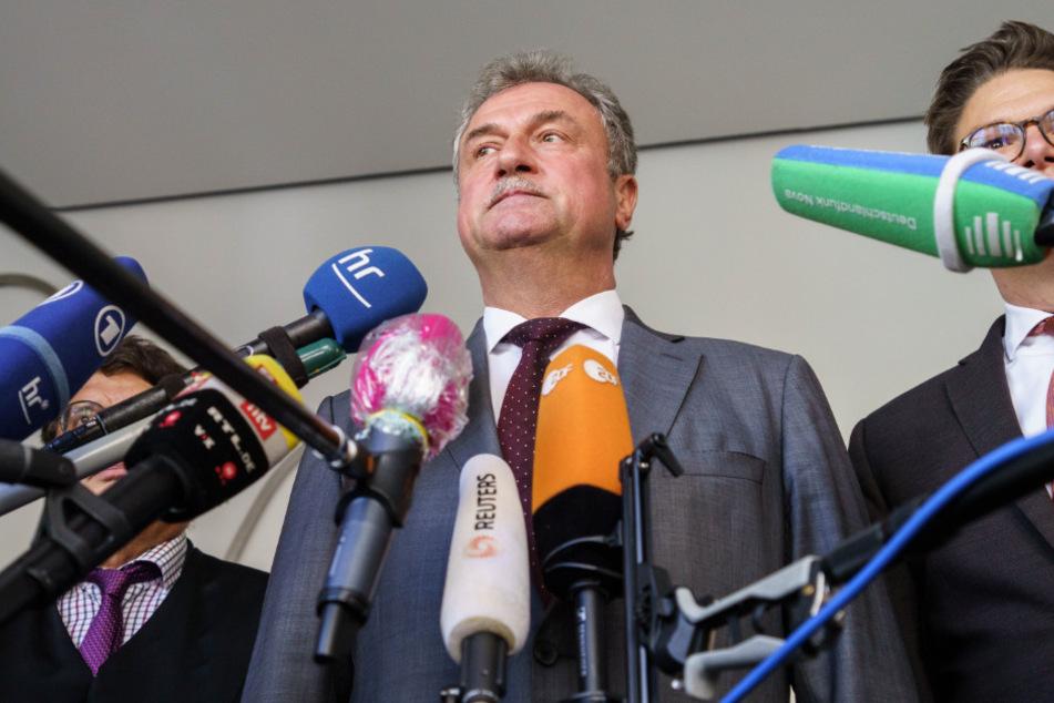 Der Vorsitzende der Lokführergewerkschaft GDL, Claus Weselsky (62), will sich weiter wehren.