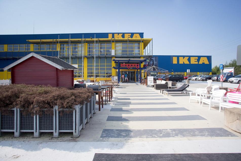 Die Möbelkette IKEA will ab Montag ihre Filiale in Chemnitz wieder öffnen.