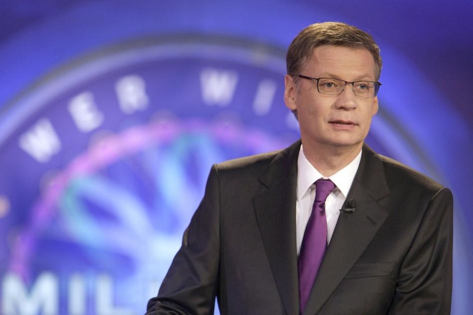 """18.05.2010, Nordrhein-Westfalen, Köln: Günther Jauch moderiert die Aufzeichnung der Sendung """"Wer wird Millionär?."""
