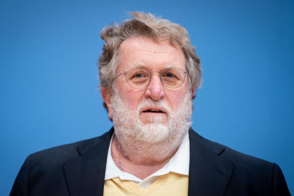 GIbt grünes Licht für gleichzeitige Impfungen gegen Corona und Grippe: Stiko-Chef Thomas Mertens (71).