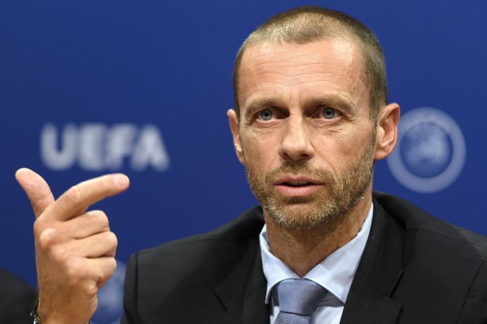 Aleksander Ceferin, Präsident der UEFA, spricht bei der Pressekonferenz.