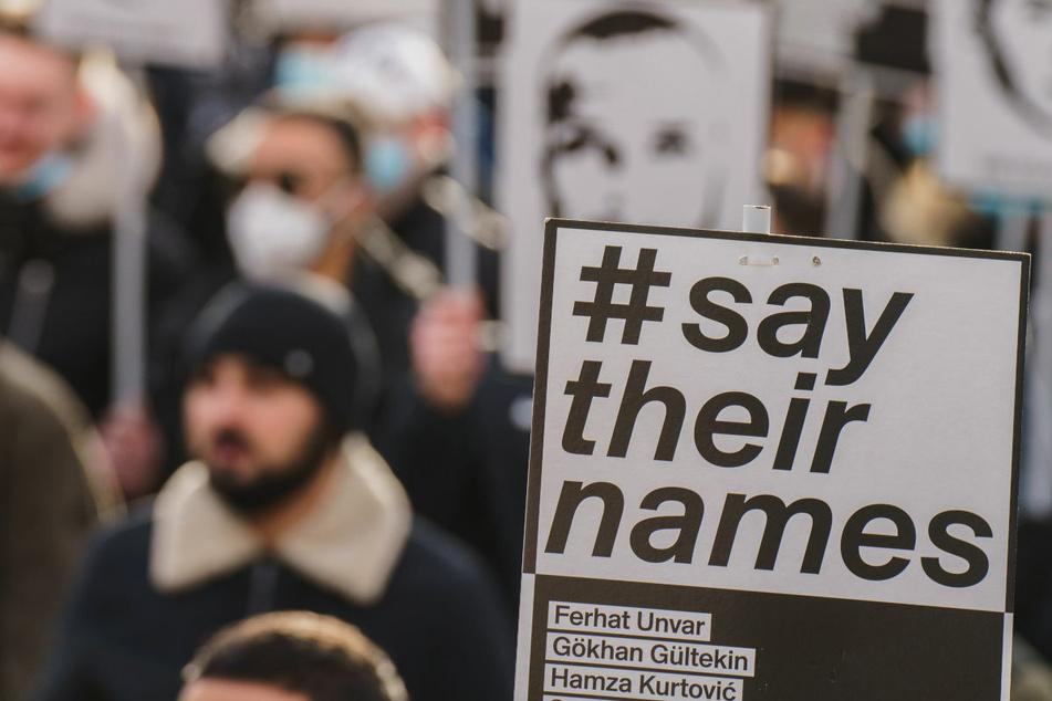 """""""Imageschaden"""" für die Regierung: Mittel für Projekte gegen Rechtsextremismus blockiert"""
