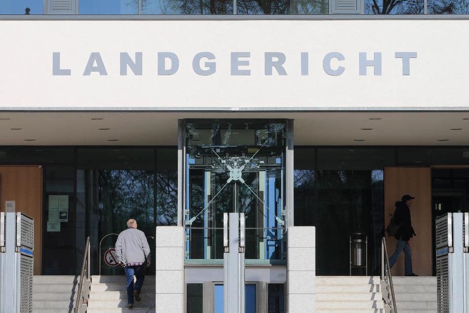 Nach Tod eines Kleinkinds (†1): Prozess gegen Eltern beginnt in Magdeburg