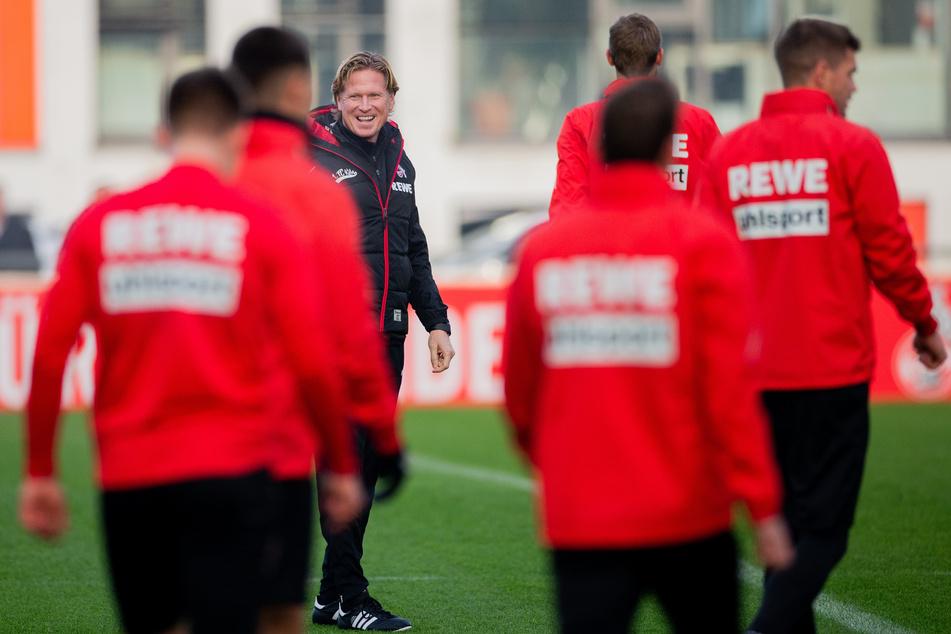 Die Mannschaft des 1. FC Köln trainiert vorerst nicht mehr gemeinsam.