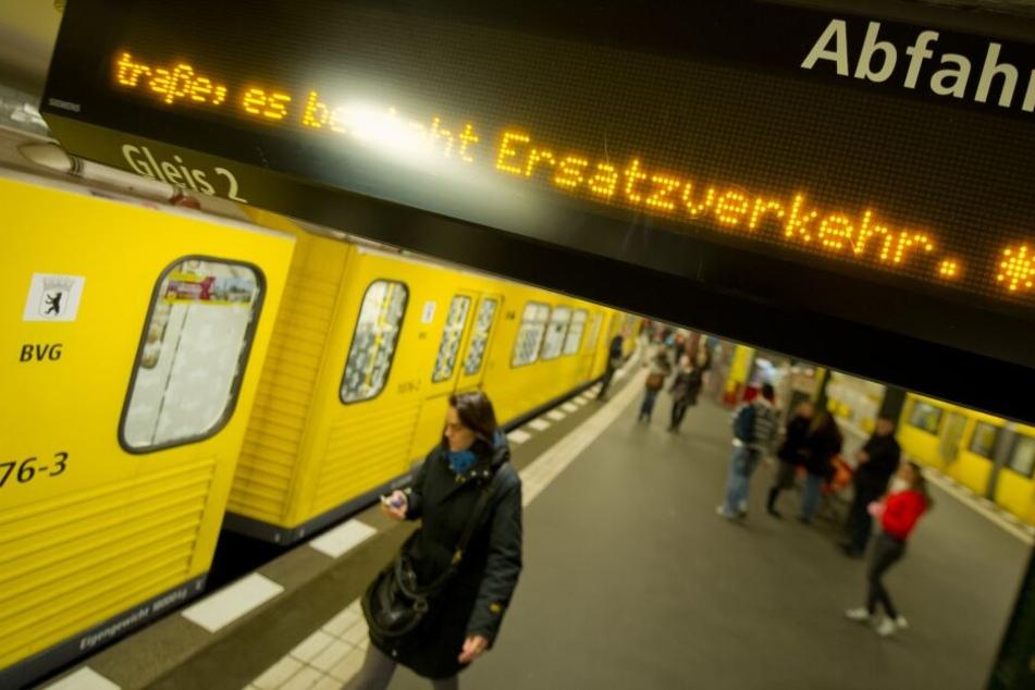 Zum Beginn der Herbstferien müssen sich Berliner auf zahlreiche Einschränkungen im Nahverkehr der Hauptstadt einstellen.