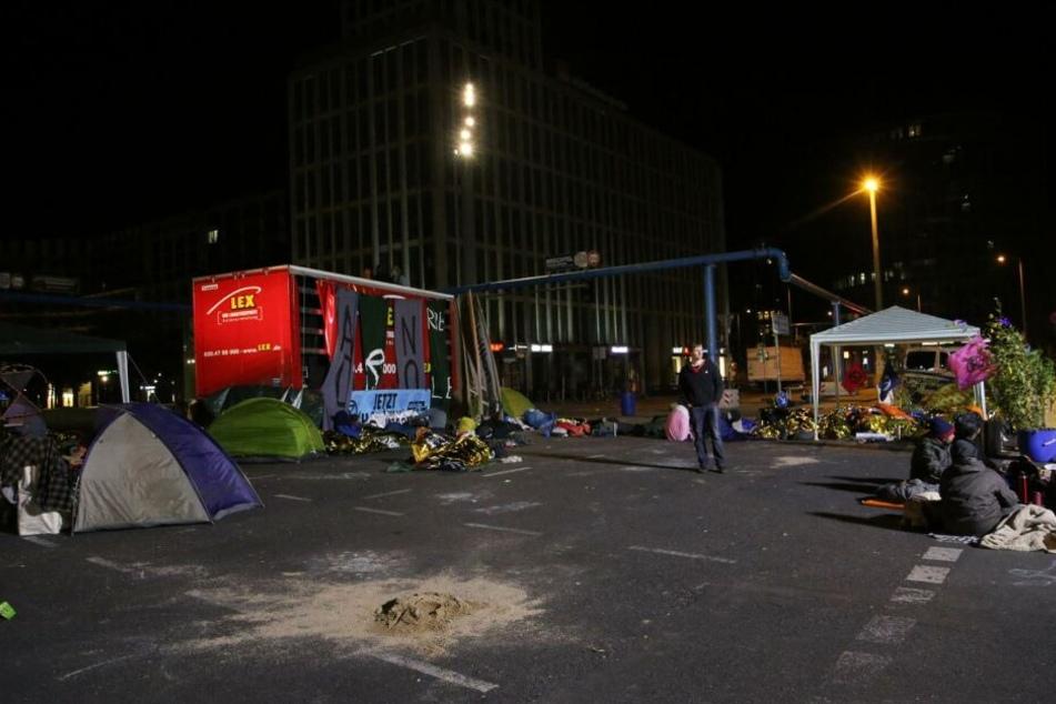 Die Demonstranten schliefen teilweise in Zelten.
