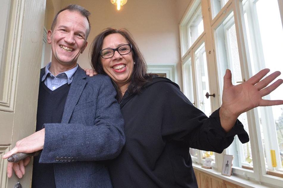 Claus (57) und Claudia Lämmle (57) öffnen das Van-de-Velde-Schloss für Gäste.