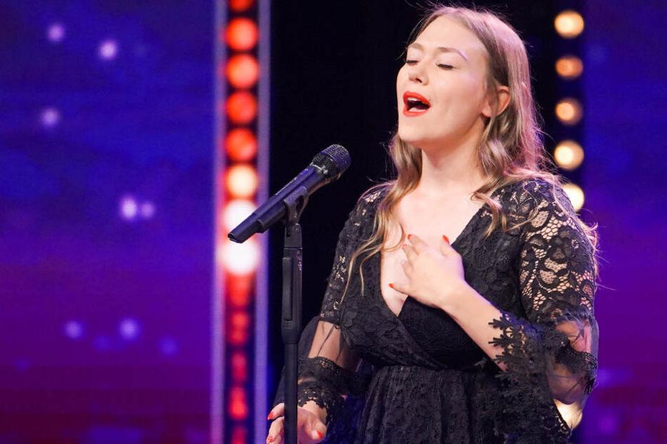 Das Supertalent: Für diese Frau drückt Sarah auf den goldenen Buzzer