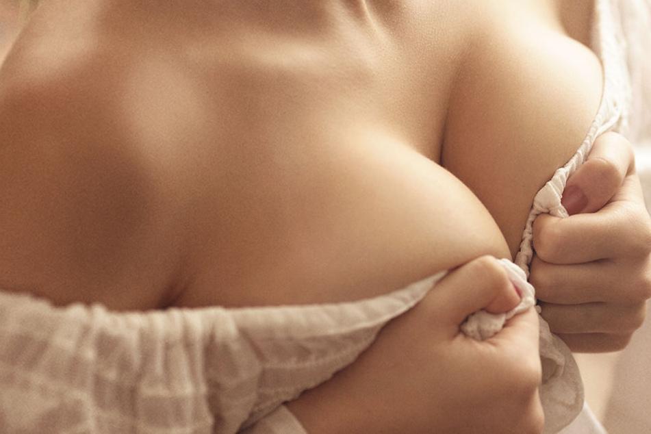 Keine Sorge, nur weil Ihr zu viel Kaffee getrunken habt, verschwinden Eure Brüste nicht über Nacht.