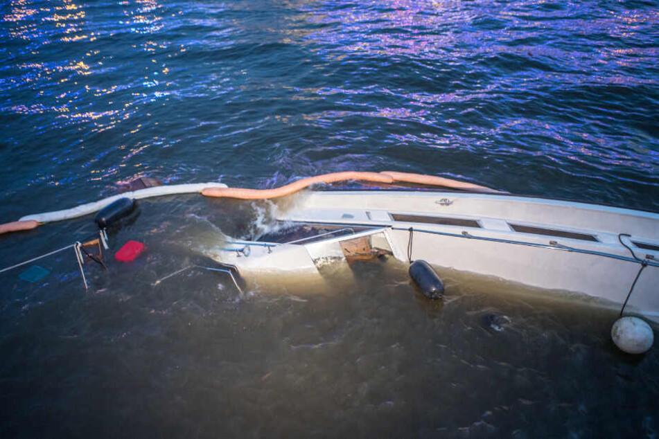 Nach der Kollision ging das Boot unter.